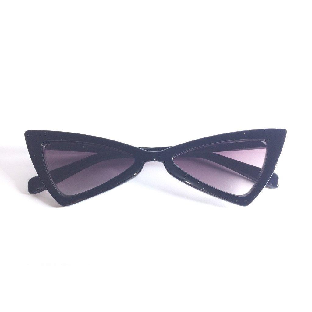 1b72581d552fb Óculos de Sol Retrô Gatinho Lolita - LOVE MONEY - Óculos de Sol e Relógios