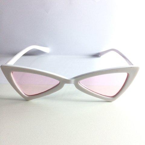 3a0837d52510d Óculos de Sol Retrô Gatinho Lolita - buy online