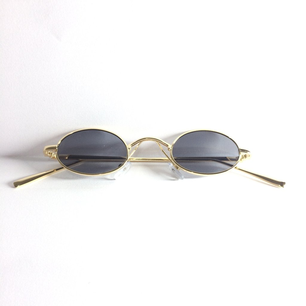 b3e4b1ae077ec Óculos de Sol Retrô Redondo Mini Óculos de Sol Retrô Redondo Mini - comprar  online ...