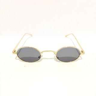 b35ed60ee Óculos de Sol Retrô Redondo Mini - buy online ...
