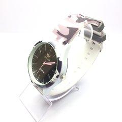 beef1d4e989 Feminino - LOVE MONEY - Óculos de Sol e Relógios  Preto