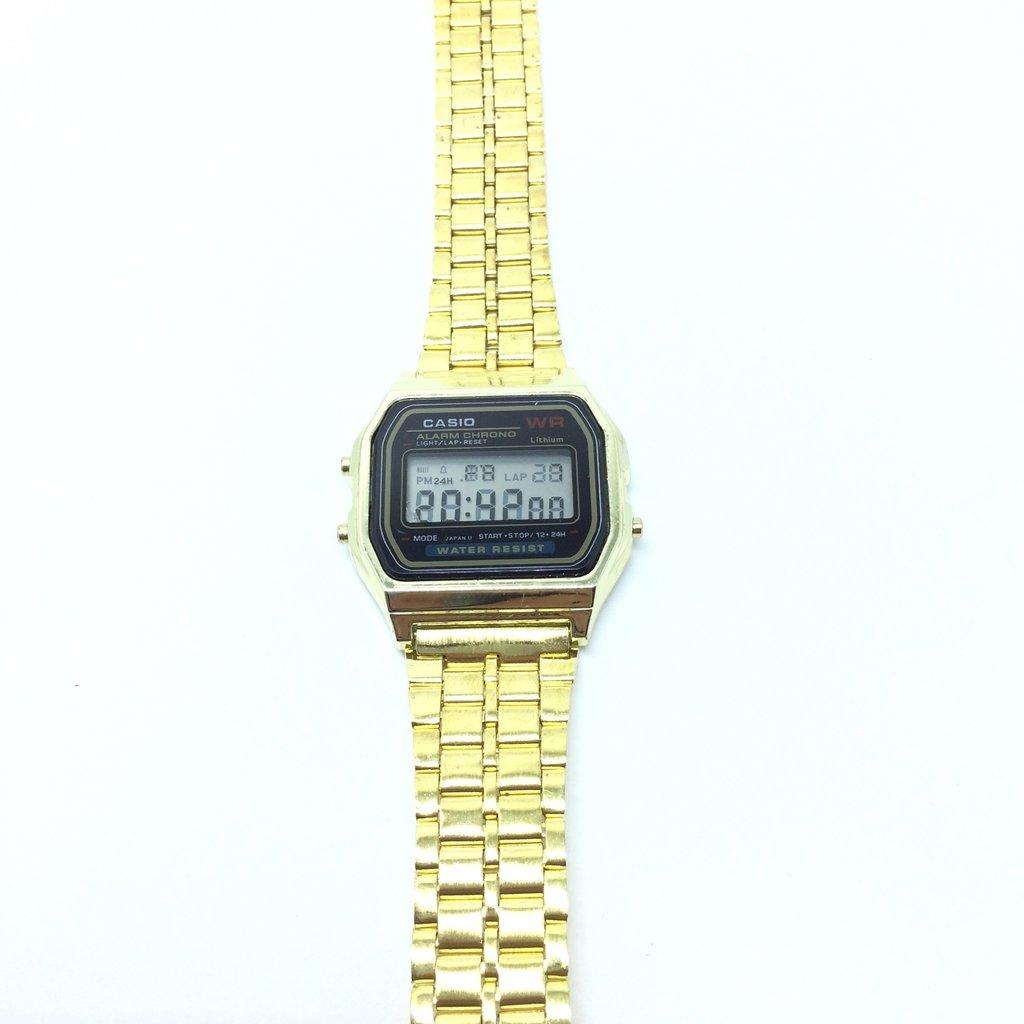 6a41130d1aa ... Relógio Casio Retro 2º LINHA - Várias cores na internet Relógio Casio  Retro 2º LINHA - Várias cores - LOVE MONEY - Óculos de Sol ...