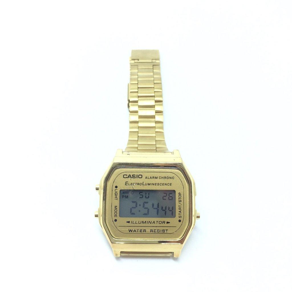 8148ef63a9a ... LOVE MONEY - Óculos de Sol e Relógios Relógio Casio Vintage - loja  online Imagem do Relógio Casio Vintage ...