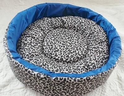 MOISES BAJO IMPERMEABLE ANIMAL PRINT (MEDIANO) - comprar online