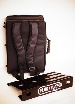 Pedalboard metalica modelo Midpoint con bolso 45cm x 30cm 8/9 pedales Plug & Play - Harmonic Stop