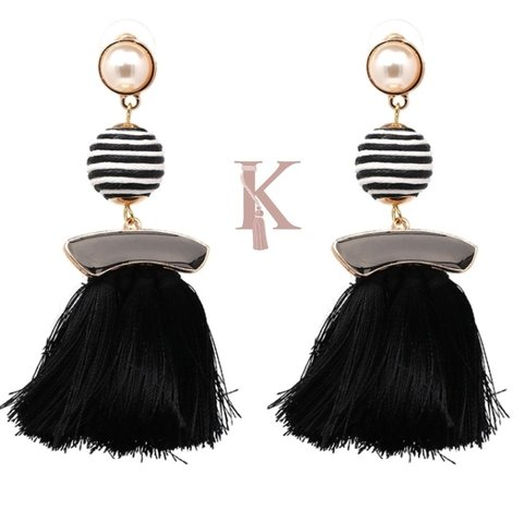 LOLA EARRINGS-BLACK
