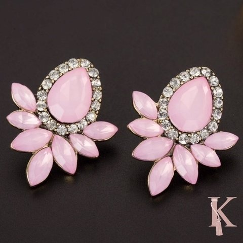 PINK BASIC EARRINGS