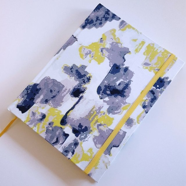 Notebook • Yellow Watercolor Stain en internet
