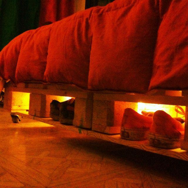 Cama queen plaza y media comprar en muhl for Sillon cama 1 plaza y media