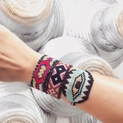 Pulsera Third Eye en internet
