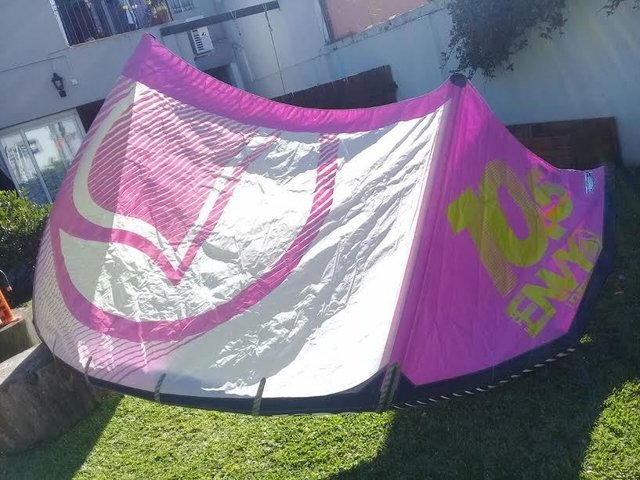 Liquidforce Envy 10.5 mts 2014, con reparacion en tela, cod 1000-21 - Second Wind Kite Shop
