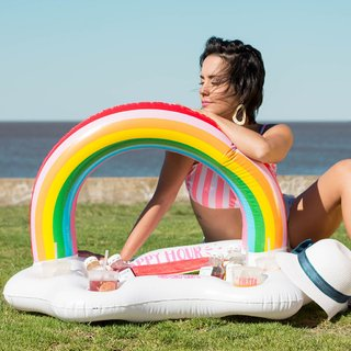 20% OFF!!! Inflable Multi Drink Rainbow + Mochila