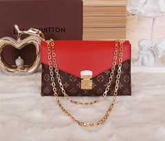 Clutch Pallas Chain Louis Vuitton