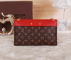 Clutch Pallas Chain Louis Vuitton na internet