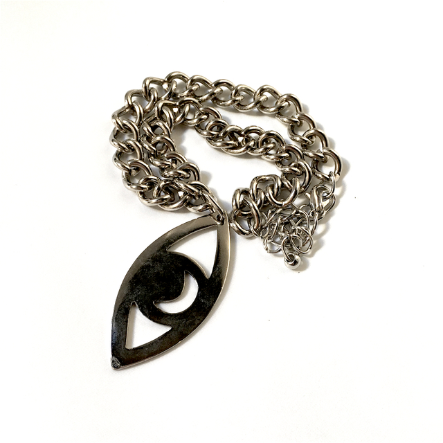 COLLAR MOON EYE