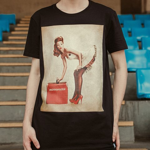 T-shirt Pinup Coke