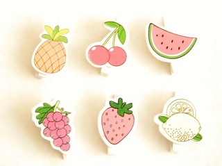 Broches decorados frutas