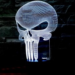 LAMPARA 3D PUNISHER - comprar online