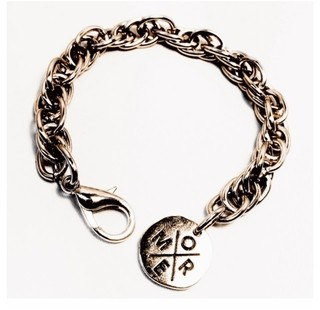 Pulsera More Moon (Doble Medalla)
