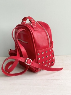 Mochila Leti roja on internet