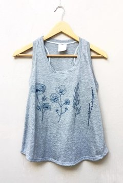 Musculosa Deportiva Flores Lineales