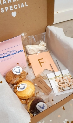 Box ¡ Feliz Cumple ! + Kit Deco - comprar online