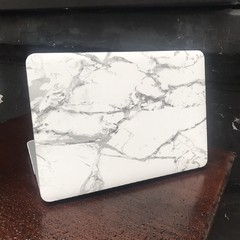 Funda para Macbook Marmol blanca en internet