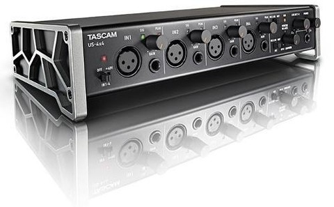 TASCAM US 4X4 4IN/4OUT Placa de Sonido