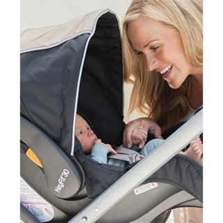 Duo Bravo Chicco Con Huevito y Base Isofix Poetic