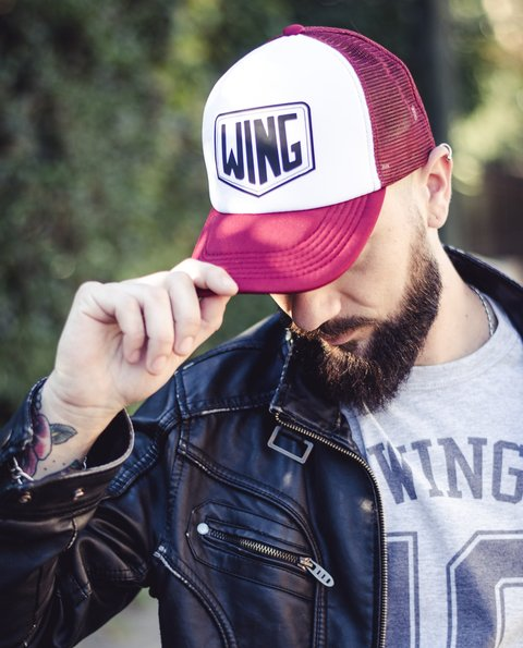 Gorra Wing Bordo y Blanca