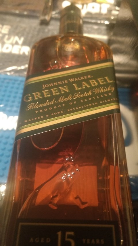 Whisky green label x 750
