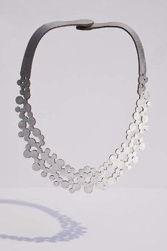 Iskin Collar Abstraction Bubbles - Cuero - Joyería Contemporánea - Iskin Sisters