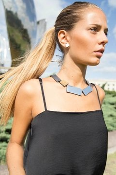 New In! Collar Kaia Rectangle - Joyería Contemporánea - Iskin Sisters