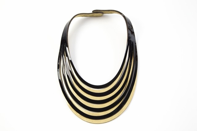 Iskin Sisters Miranda Necklace