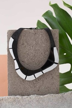New In! Collar Ipanema Black & White - Rio Collection by Iskin Sisters - comprar online