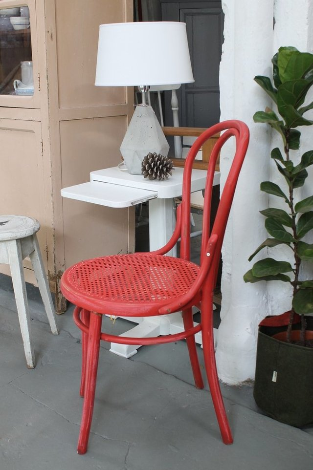 Silla Thonet color en internet