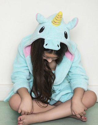 Bata coral fleece nena bordada Unicorn - BIANCA SECRETA