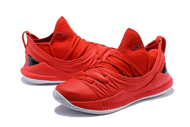 Tênis Under Armour Curry 5 Low All Red Basketball na internet