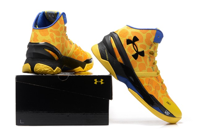 Tênis UNDER ARMOUR Curry 2 Giraffe Print Basquete IMPORTADO na internet