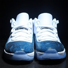 "Imagem do Air Jordan 11 Low ""Navy Snakeskin"""