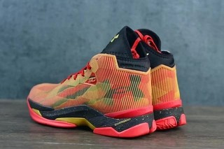 Tênis UNDER ARMOUR CURRY 2.5 Basquete IMPORTADO - PRIME IMPORTADOS