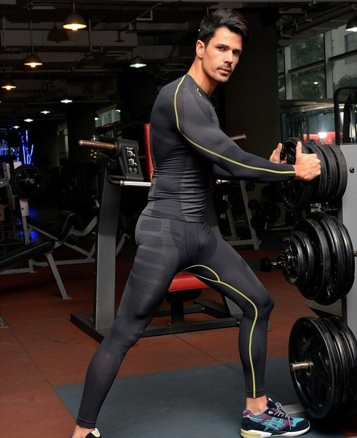 45d5025216ac0 KIT Calça Masculina Legging + Camisa Running Fitness Térmica Compressão  Importada. 1