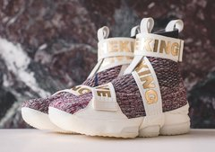 Tenis Lebron XV 15 Long Live the King Importado