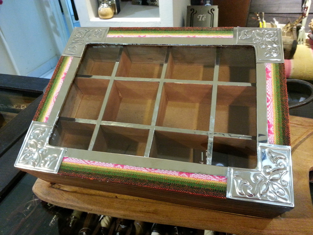 Caja de te x 12 divisiones en alpaca y madera - Divisiones en madera ...