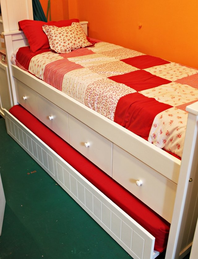 Cama valentina naranja lima muebles para chicos for Camas para chicos