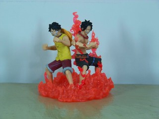 Gashapon Luffy + Ace