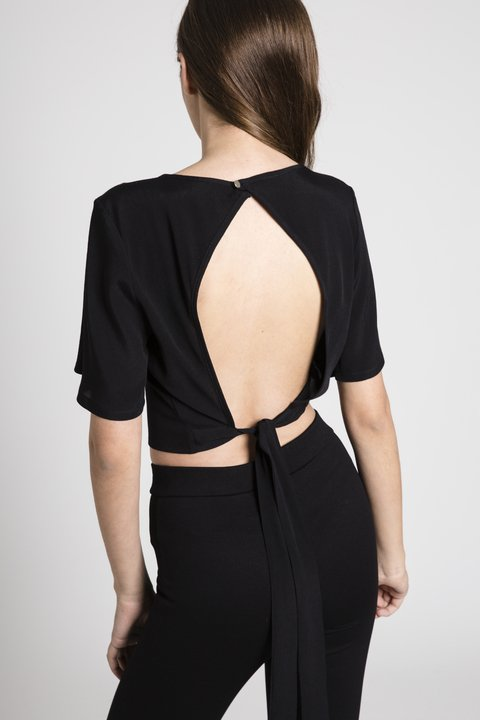 Blusa Holly Negra en internet