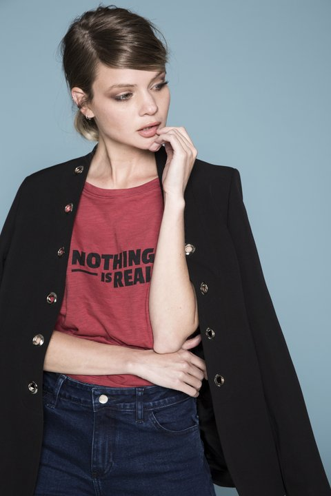 Remera Nothing Gal Bordeaux