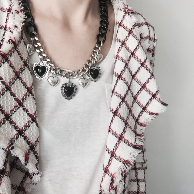Collar BRANDON negro en internet
