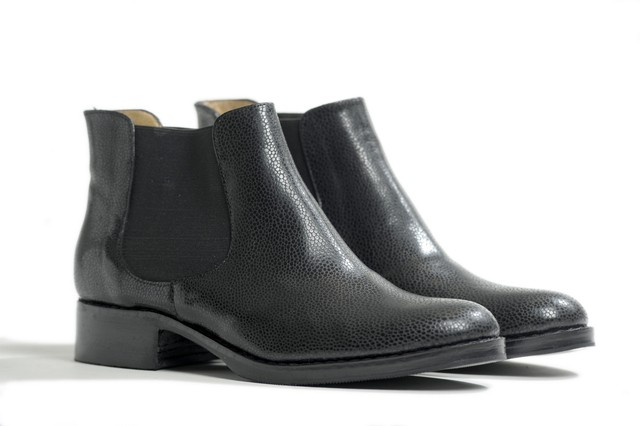 BOTA NEW ALELI NEGRA - Camelia Shoes